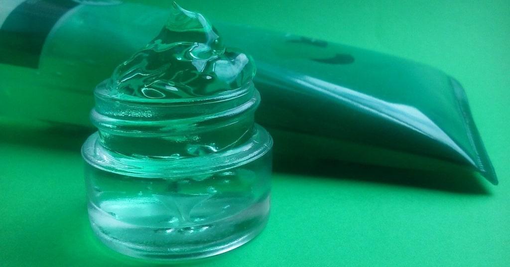 aloe vera pour nuru massage